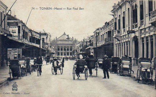Hanoi_rue_Paul_Bert